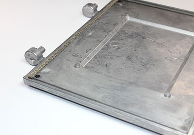 Wire-Mesh-Gasket-in-Shield-Box-Cover
